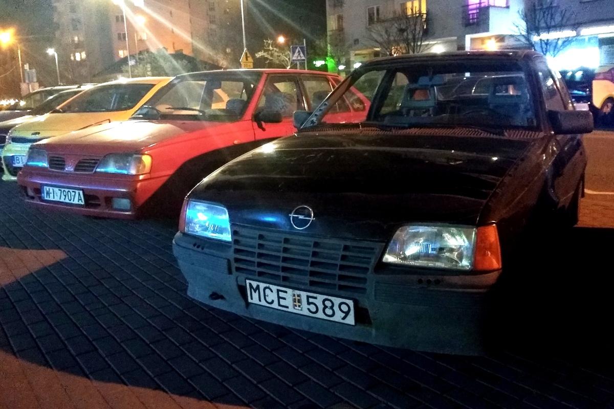 Polonez Caro + i Opel Kadett E