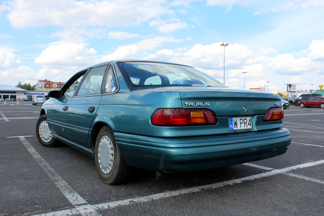 Ford Taurus II
