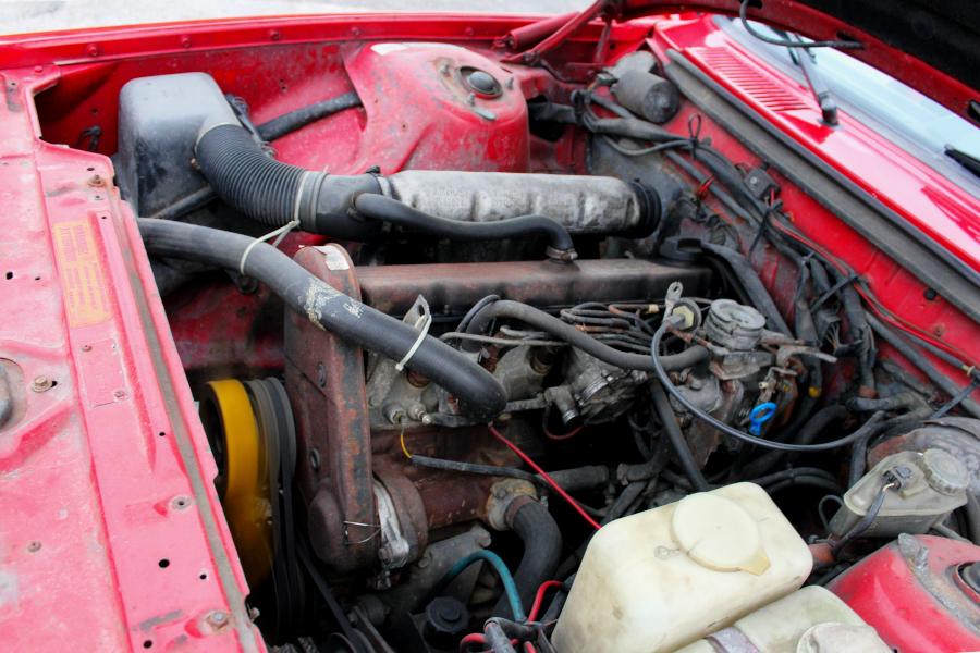 Volvo 240 D24 silnik