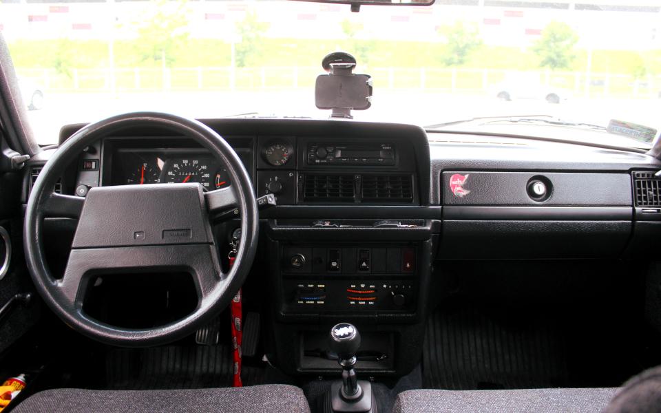 Volvo 240 1992 - wnętrze
