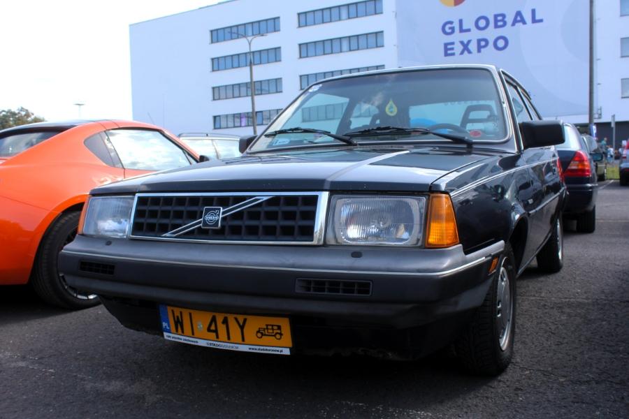 Auto Nostalgia 2020 - Volvo 340