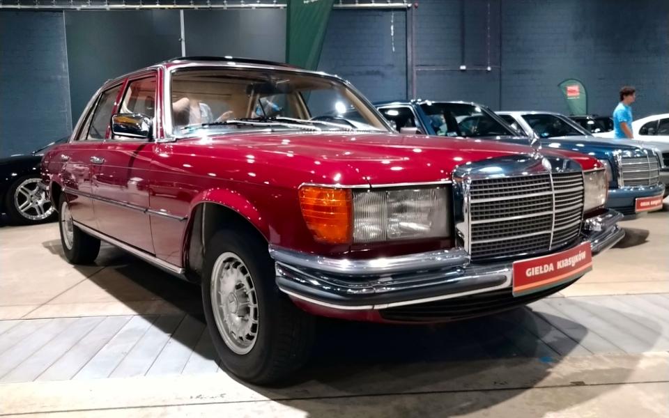 Auto Nostalgia 2020 - Mercedes W116