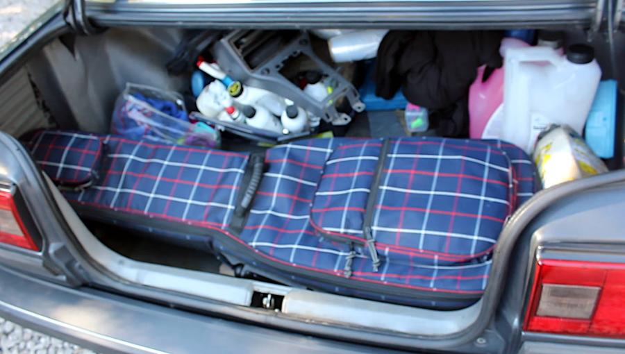 Toyota Carina II - bagażnik