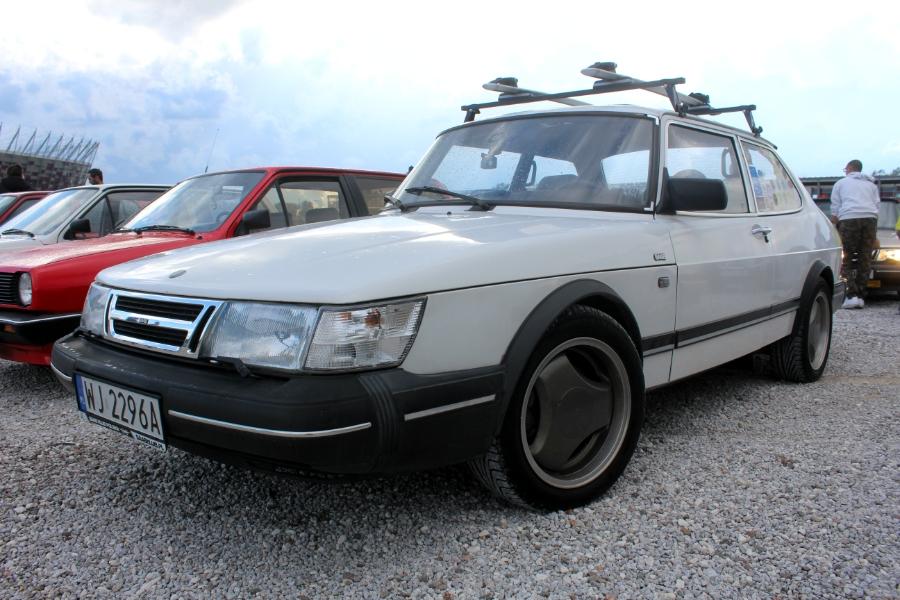 Ta Ostatnia Niedziela 2020 - Saab 900 2d