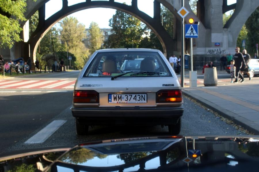 Ta Ostatnia Niedziela 2020 - Mazda 323 BF