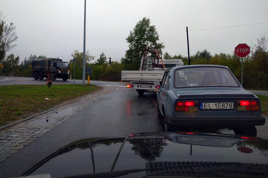 Stary Pojazd i Może - Do Pełna: konwój