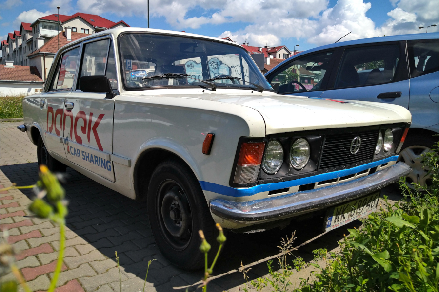Fiat 125p - Panek Carsharing