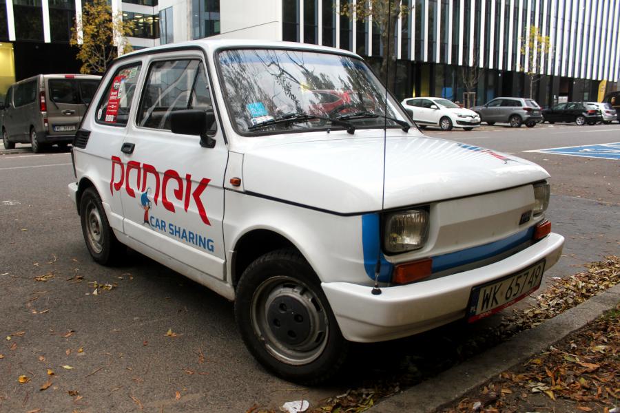 Fiat 126p - Panek Carsharing