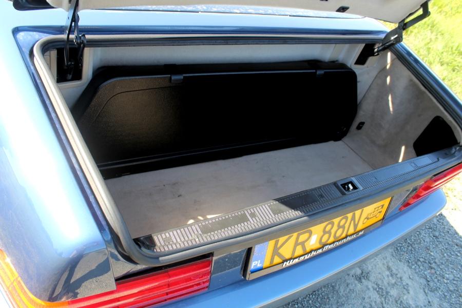 Mercedes R129 bagażnik