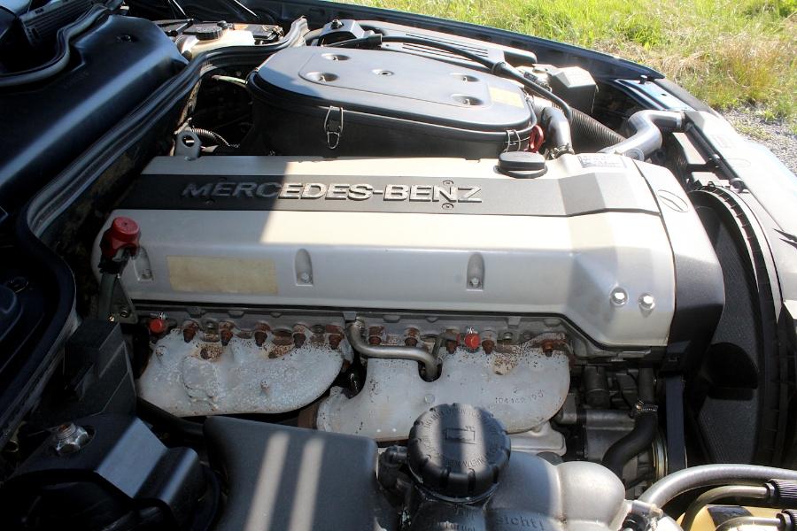 Mercedes 300 SL-24 - silnik