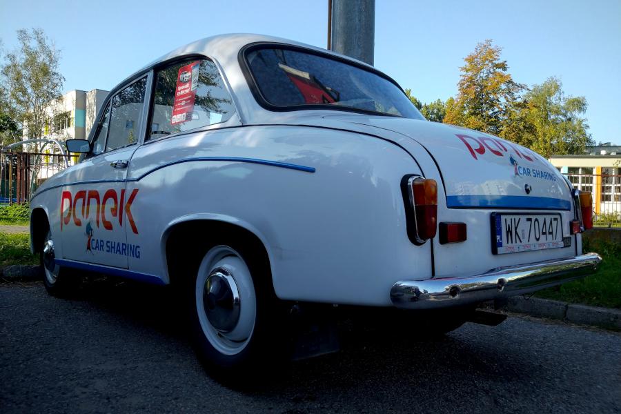 Syrena 105L- Panek Carsharing