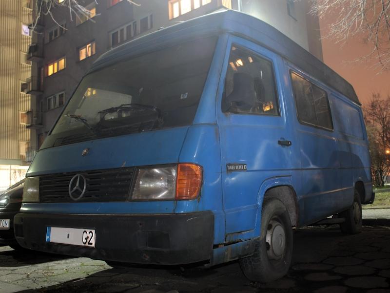 Mercedes MB100D