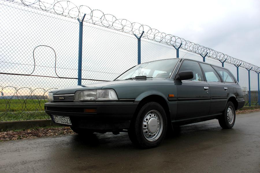 Toyota Camry V20 kombi XL Turbodiesel
