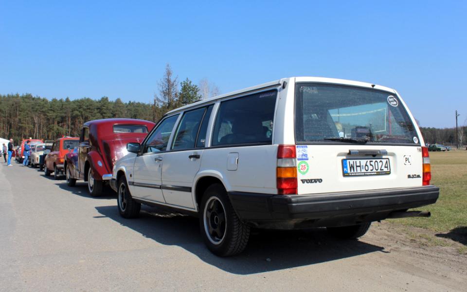 Volvo 940 na rajdzie Matka Siedzi z Tyłu