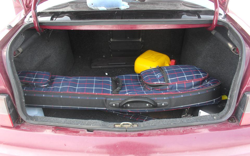 Łada 110 - bagażnik