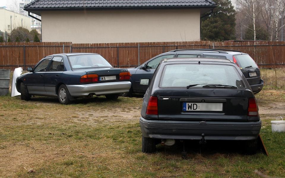 Proton 415 i Opel Kadett