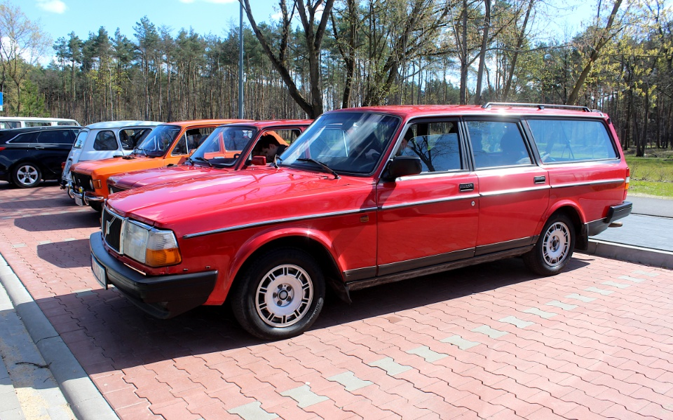 V Rajd Rembertowski - Volvo 240 kombi