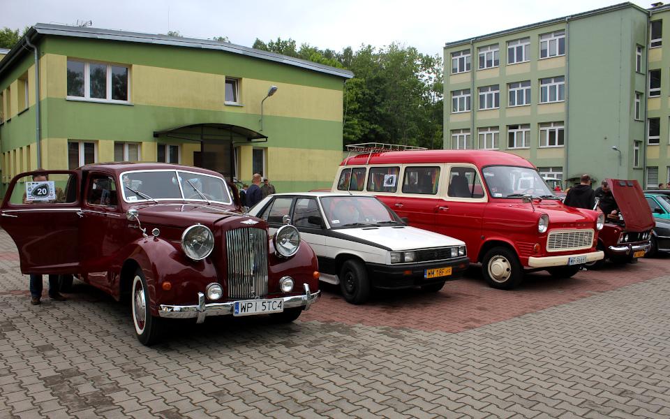 IX Rajd po Ziemi Mińskiej - Austin Sheerline, Renault 11, Ford Transit i Fiat 125p