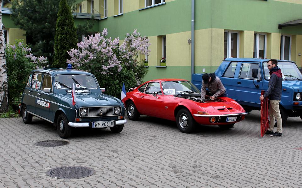 IX Rajd po Ziemi Mińskiej - Renault 4 i Opel GT