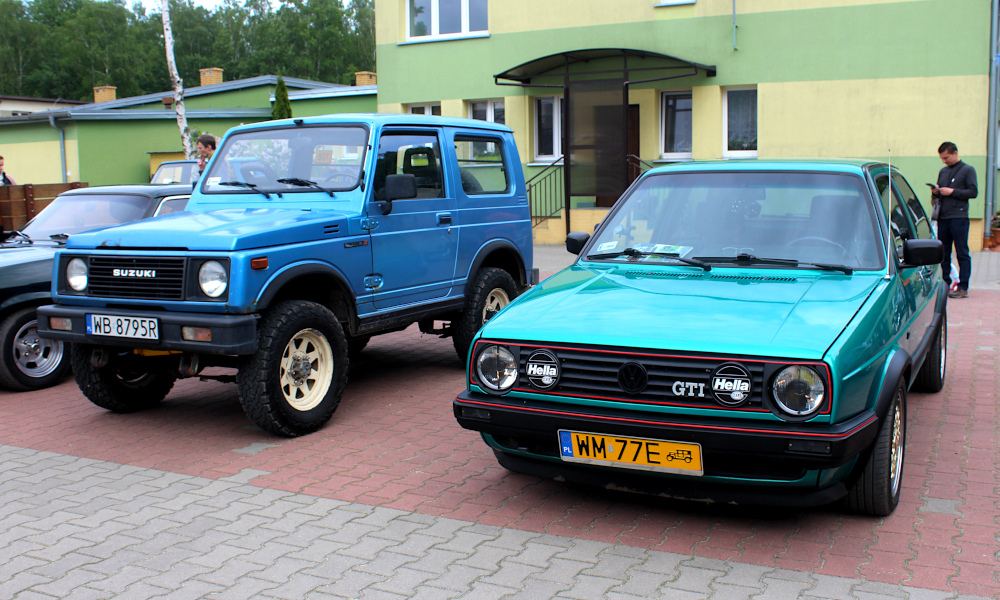 IX Rajd po Ziemi Mińskiej - Suzuki Samurai i VW Golf GTI na mecie