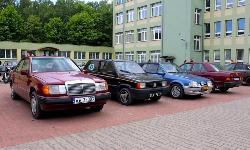 IX Rajd po Ziemi Mińskiej - Mercedes W124, Fiat Panda, Ford Escort cabrio i Mercedes 190 na mecie