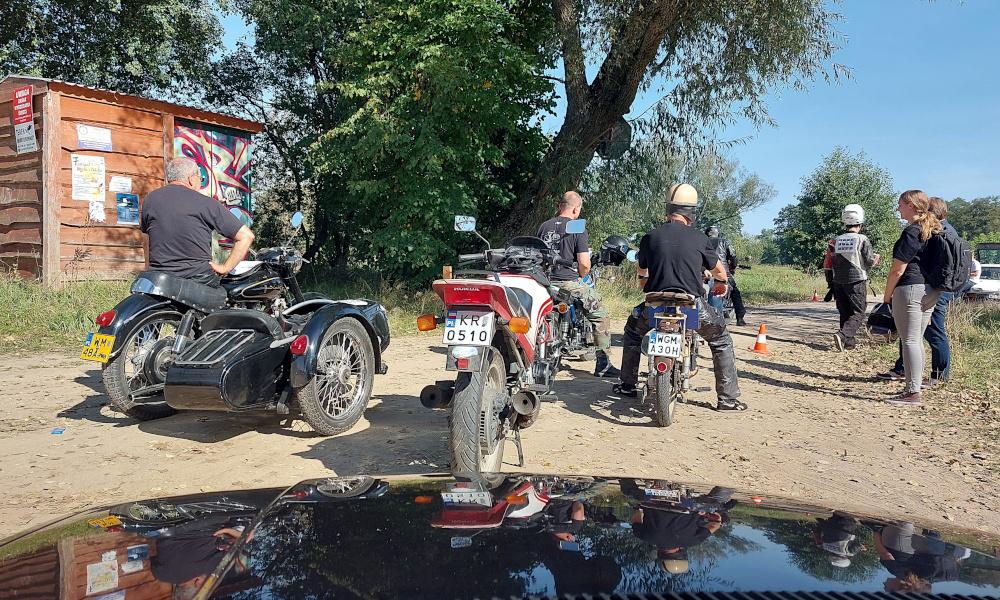 Stary Pojazd i Może - motocykle na starcie
