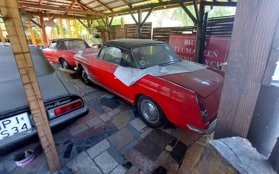 Stary Pojazd i Może - Alfa Romeo Spider i Peugeot 404 Cabrio