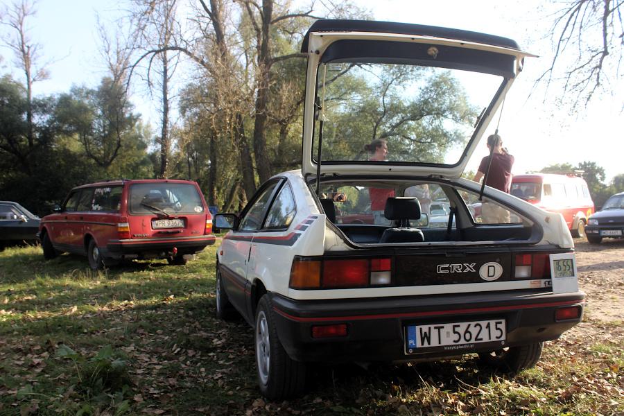 Stary Pojazd i Może - Volvo 240 i Honda CRX